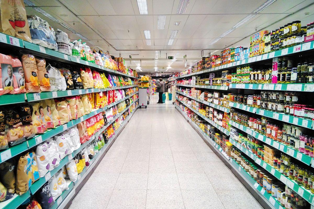 dos marcianos en el supermercado vivir sin plástico